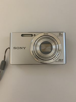 Sony DSCW830 20.1 MP Digital Camera with 2.7-Inch LCD (Silver) for Sale in Brentwood, TN