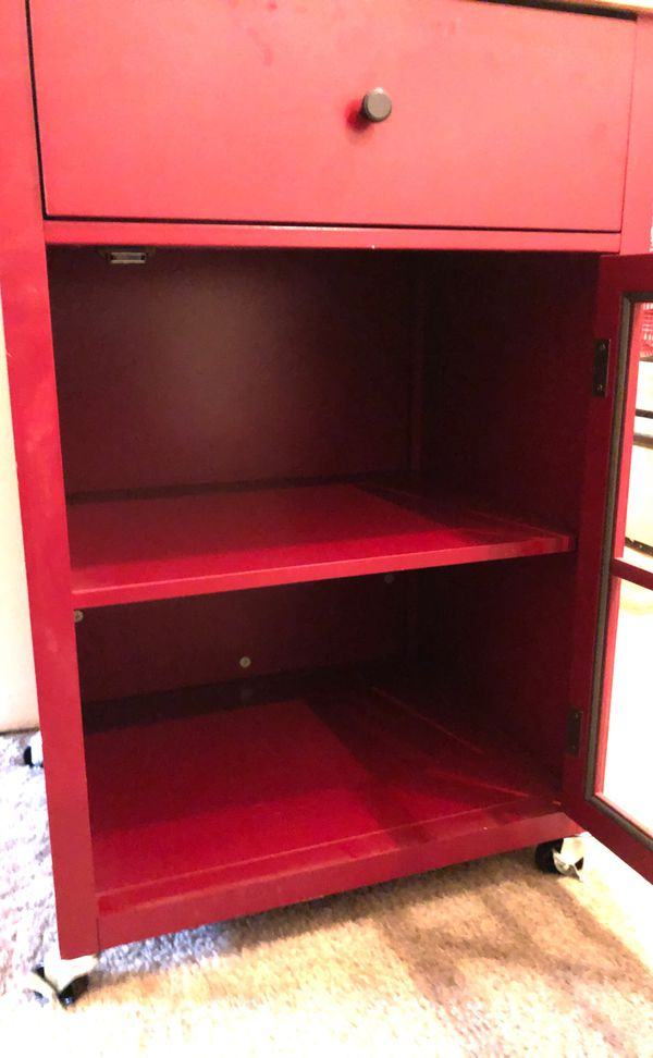 Red microwave cart