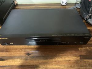 Pioneer ELITE BDP-62FD Blu-Ray 3D DVD SACD PLAYER for Sale in Houston, TX