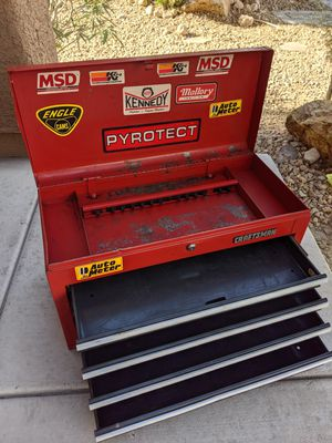 """CRAFTSMAN"" TOP TOOL BOX 15h x 12d x 26w for Sale in Las Vegas, NV"