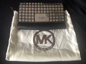 Michael Kors handbag for Sale in Miami, FL