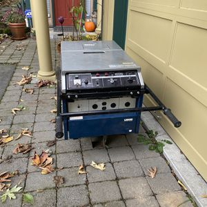 Generater With Assorted Plug In Options . Power Outage ? No Problem With Having This Unit. Refrigerator And Freezer Will Keep Running . Growing Plant for Sale in Seattle, WA