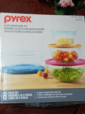Pyrex Glass Mixing Bowl Set for Sale in Rialto, CA