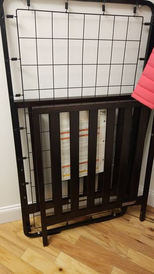 Delta 4 in 1 baby crib for Sale in Everett, MA