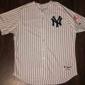 Derek Jeter New York Yankees Majestic Pinstripe Jersey Sz 56 for Sale in Chicago, IL