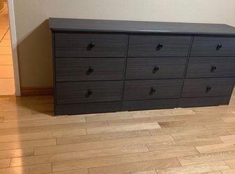 grey 9 drawer dresser $200 for Sale in Anaheim,  CA