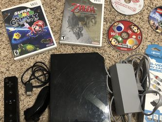Nintendo Wii for Sale in Puyallup,  WA