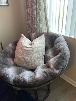Papasan Chair for Sale in Newport Beach,  CA