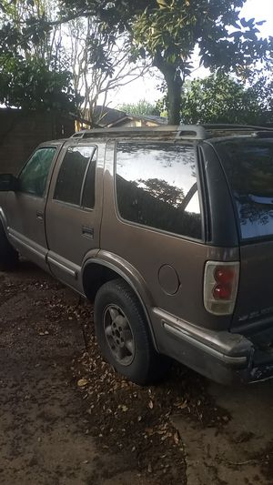 1998 Chevy Blazer 4x4 crank starts but then bogged out for Sale in Houston, TX