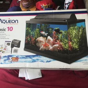 10 Gallon Fish Tank for Sale in Washington, DC