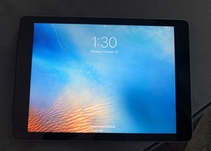 iPad 6th Gen 32g for Sale in St. Petersburg, FL