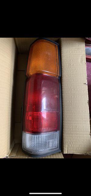 1994 Nissan RIGHT brake light for Sale in Springfield, VA