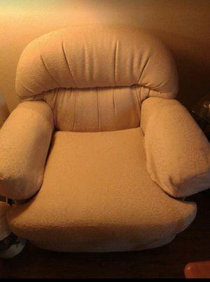 Sofa in good conditions !!! for Sale in Chula Vista, CA