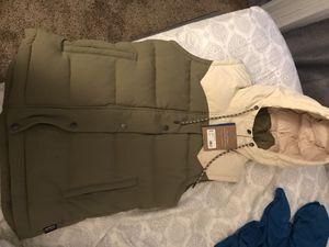 Patagonia women's coat/vest for Sale in Poway, CA