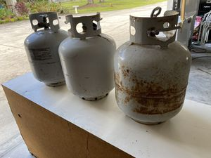 3 empty propane containers for Sale in Clearwater, FL