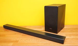 Samsung Dolby Digital soundbar and subwoofer home theater system. (Brand new with remote!!!) for Sale in West Monroe, LA