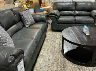 Bladen Slate Living Room Set (SOFA and LOVESEAT for Sale in Round Rock,  TX