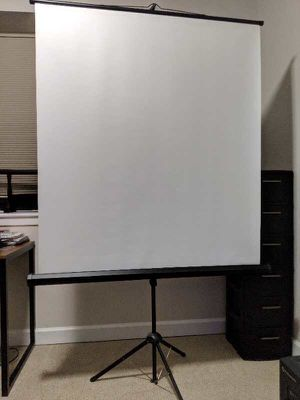 Portable projector screen for Sale in Chicago, IL