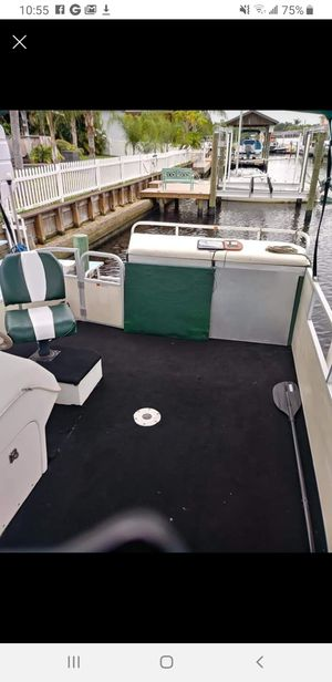 1999 24' pontoon boat with trailer HURRICANE SPECIAL for Sale in Tampa, FL