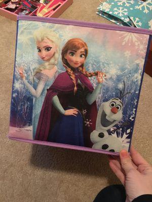 Frozen Anna Elsa cubby/storage bin for Sale in Round Rock, TX
