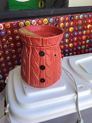 Scentsy sweater wax warmer for Sale in Baytown, TX