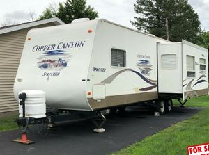 beautiful 2006 Keystone Copper Travel Trailer ❗ for Sale in Orange, CA