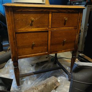 Antique Side Table/Night Stand (Pending Pick Up) for Sale in Lake Stevens, WA