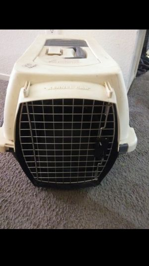 Used crate/travel kennel for cat or small dog $15 for Sale in North Las Vegas, NV