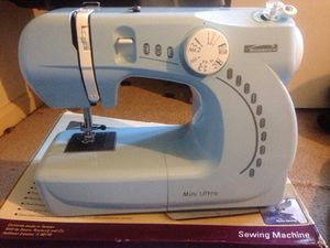 Brand New Mini Sewing Machine for Sale in District Heights, MD