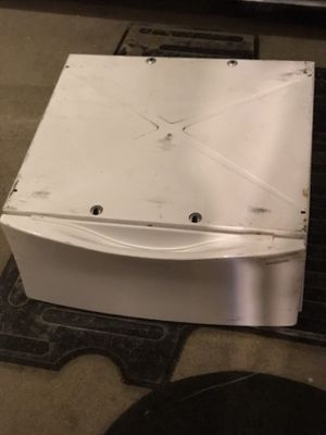 Whirlpool laundry pedestal with bottom cabinet for Sale in Columbus, OH