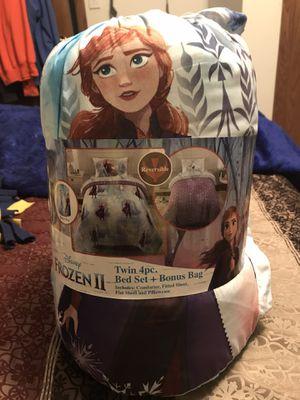 Disney Frozen II Twin 4pc. Bedding Set + Bonus Bag for Sale in Sioux Falls, SD