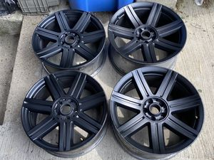 Murdered Out Black Chrysler Crossfire Rims FULL SET!!! Great Shape!!! 🔥🔥 for Sale in Chicago, IL