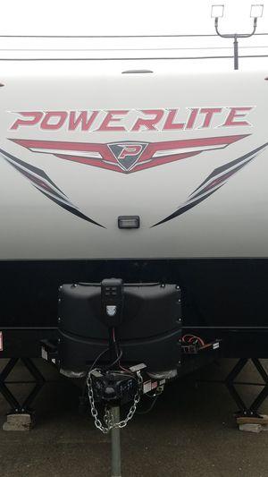2019 POWERLITE 22FS TOY HAULER for Sale in Buckley, WA