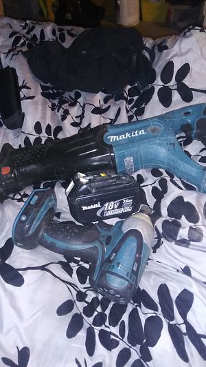 SAW SAW CORDLESS,BATTERY 3.O AH,& IMPACT DRILL for Sale in Stockton, CA