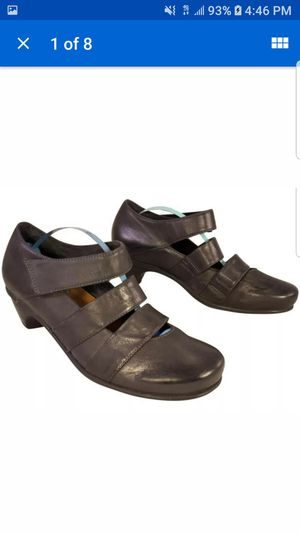 NAOT FOOTWEAR WOMAN AMAZING MULTI STRAP SHOES MARY JANES LEATHER 37/6 EUC for Sale in Las Vegas, NV