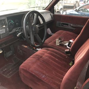 Chevy Silverado 90 2500 4x4 for Sale in La Mirada, CA