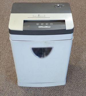 Large Office Max Paper Shredder OM96141 for Sale in Burlington, NC