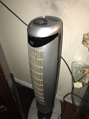 Oscillating Floor Fan for Sale in Dallas, TX