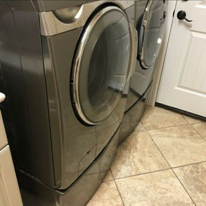 Samsung Set With Steam for Sale in Ennis, TX