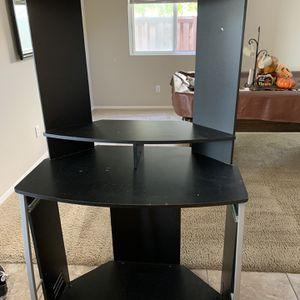 Office Desk for Sale in Menifee, CA