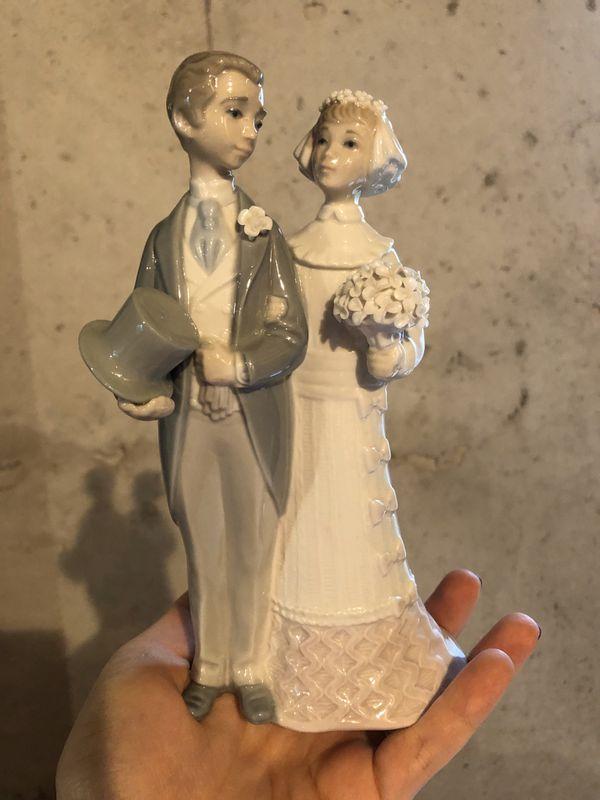 "Wedding lladro figurine ""Bride & Groom"" #4808 Couple Getting Married"