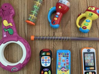 Music toys - Barney guitar, Noise Makers, Vtech Babyshark Smart Phone , Remote for Sale in Whittier,  CA