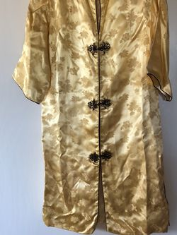 Yellow Knee Length Kimono Made In Hong Kong for Sale in Sherwood,  OR