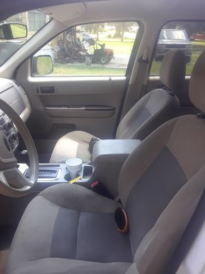 FORD ESCAPE for Sale in Seffner, FL