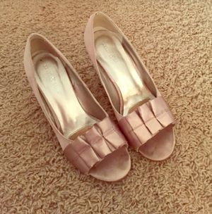 Kelly and Kate gold wedges, size 7.5 for Sale in Nashville, TN