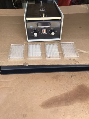 Dynatech ll Small Lab Microplate Shaker works real good for Sale in Raleigh, NC