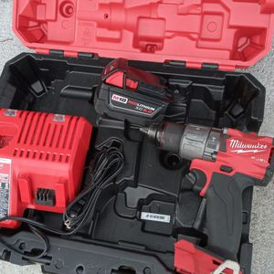 Milwaukee M18 Hammer Drill 2804-20 , Fuel ,1 Battery 5.0 And Charger for Sale in Houston, TX