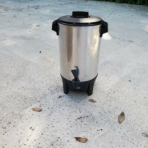 12 to 30 cup Coffee Pot for Sale in Palm City, FL