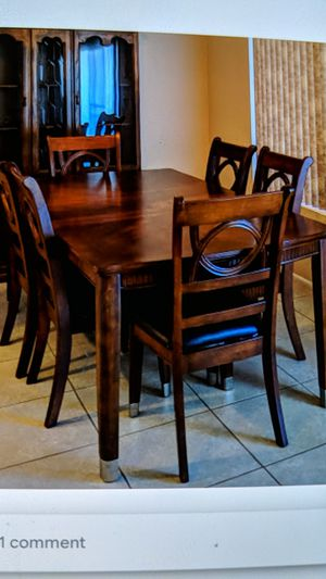 Dining room table and chairs. for Sale in Payson, AZ