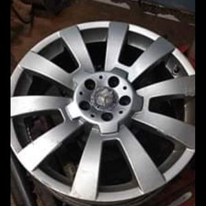 Mercedes Benz GLK 19 inch RIMS ( all 4 ) PRICE IS FIRM. NO LOW BALLERS for Sale in BROOKLYN, MD